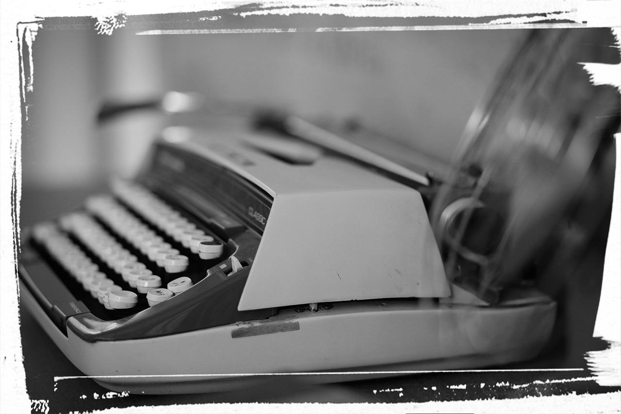 typewriter image 2